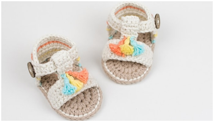 Crochet baby booties are among the most popular handcrafted projects. They are cute and beautiful. Well there are 16 Free booties to choose-3