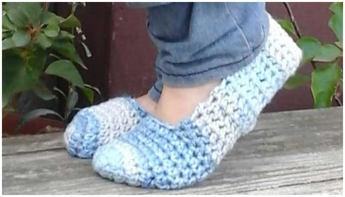 These Free Patterns for Crochet Slippers are easy beginner friendly free patterns that you will love, but they are much easier to make than you might think.