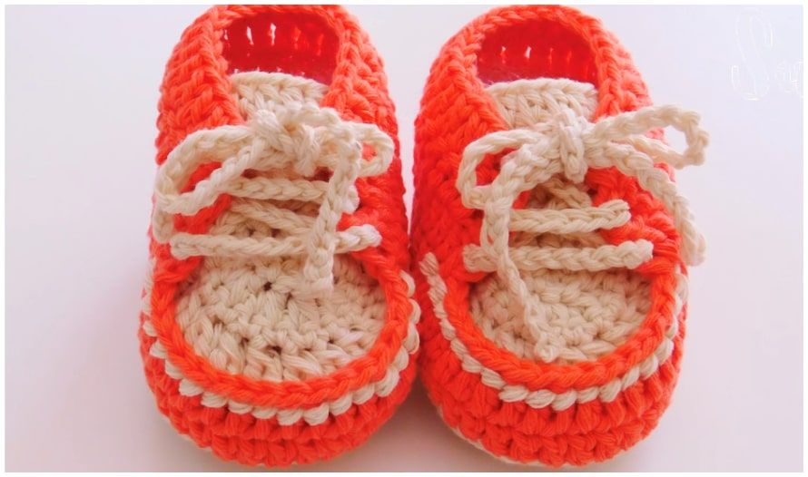 This little Crochet Baby Sneakers is made by my favorite Stitch. It is not at all lacy so is just as suitable for little boys as little girls. It's the design the whole world knows and loves, Enjoy !