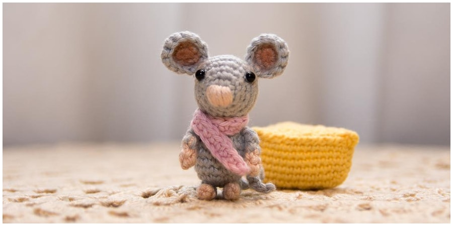 Make your day joyful with this sweet Amigurumi Crochet Mouse. It will be a cute gift decoration. This is a nice crochet toy project that does not take too long to make. Enjoy, guys !