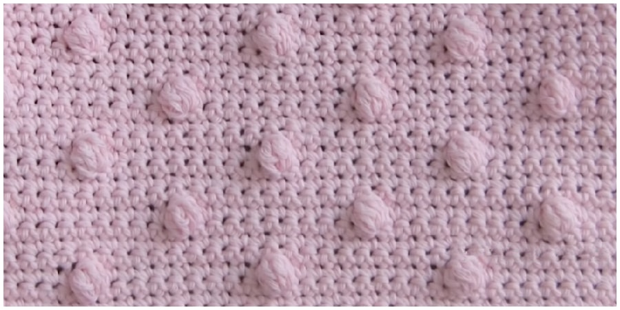 If you're new to the world of crochet, you might be a little intimidated when it comes to crochet blanket patterns. Learn how to crochet a blanket with super easy crochet stitch. Enjoy, guys !