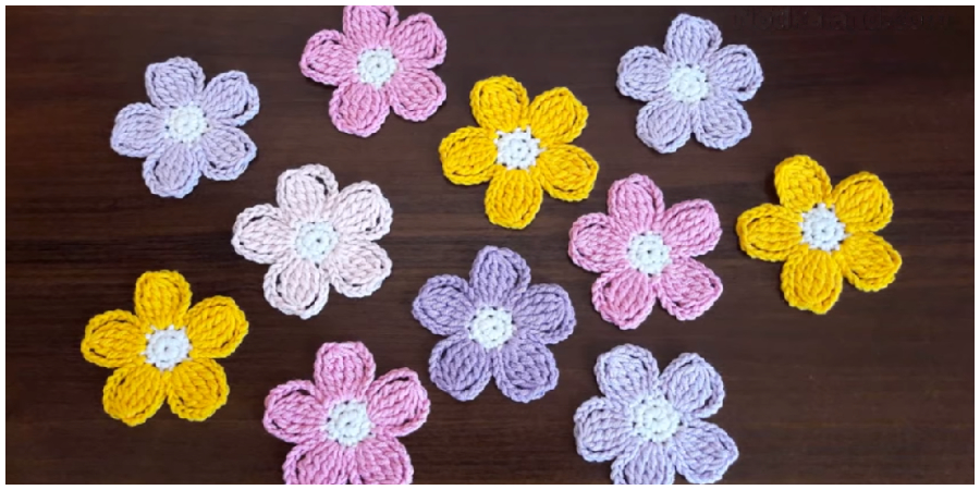 Easy Crochet Flower Tutorials are perfect for a diverse array of projects. They can be used as appliqués on everything from hats to shoes. This fast crochet flower works up in just 10 minutes. Enjoy !