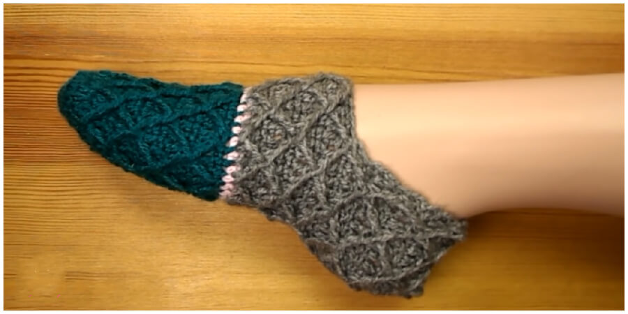 Crochet Diamond Stitch Slippers may seem like a complicated project, but they are much easier to make than you might think. The Diamond Stitch is quite an easy stitch to learn and follow, and takes only a minimum amount of practice to master.