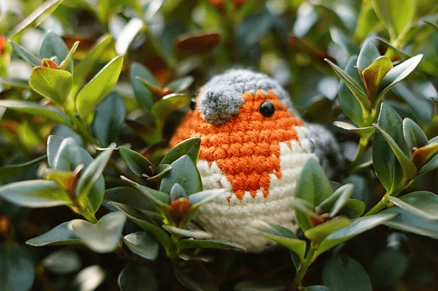 We have Top 3 Crochet Bird Amigurumi Patterns for free. Decorate your summer home and garden with these Crochet Birds.