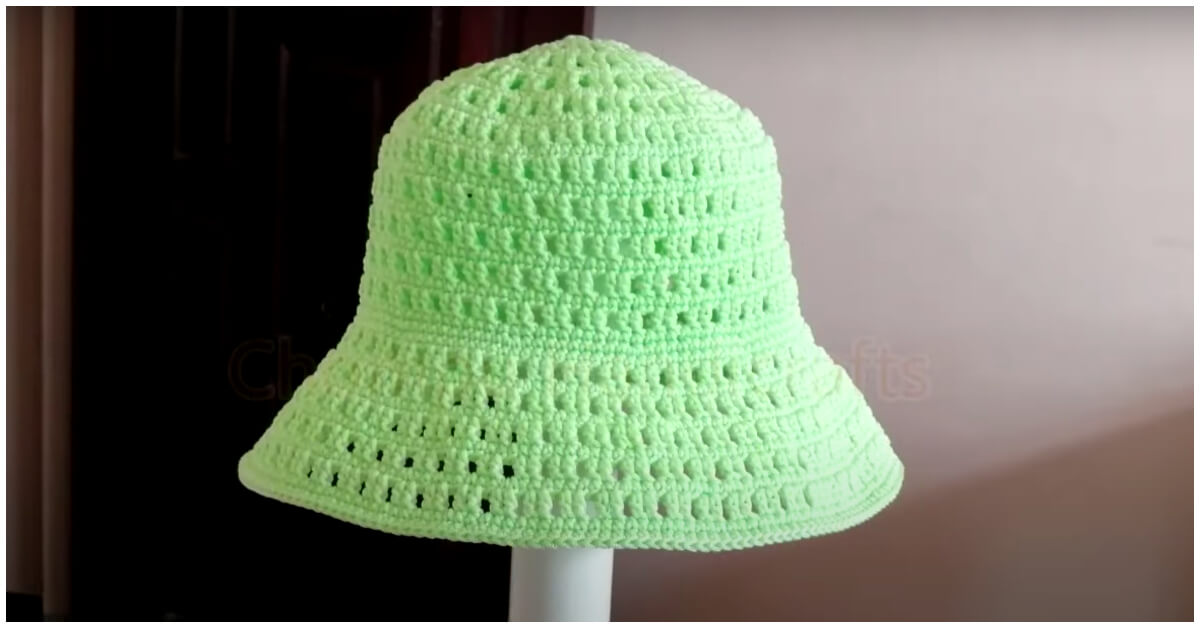 We are thinking about ways to protect ourselves from the sun. A great way to do that is by making a crochet summer hat.