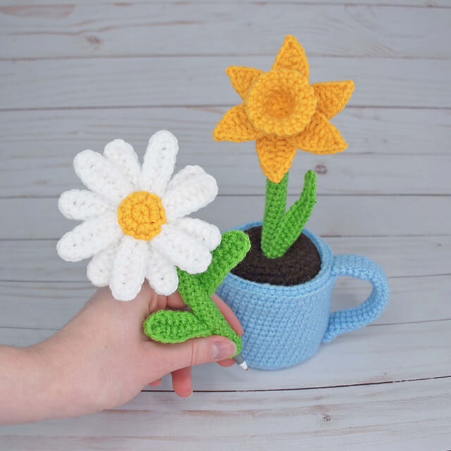 10 More Beautiful and Free Crochet Flower Patterns | Haken ... | 640x640